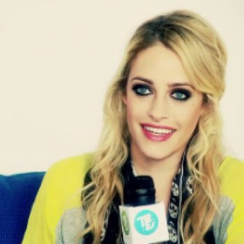 An Exclusive Cambio Chat With Carly Chaikin!
