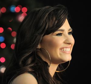 demi lovato, demi lovato x factor, demi lovato leaving x factor, demi lovato x factor leaving, demi lovato fired from x factor