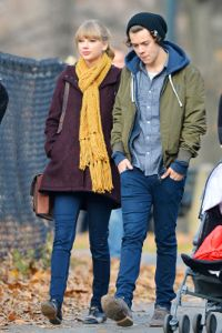 haylor, taylor swift, harry styles, harry styles dating taylor swift, taylor swift dating harry styles, taylor swift and harry styles hookup, harry styles and taylor swift dating, harry styles at taylor swift hotel