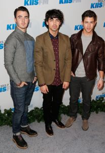 jonas brothers, jonas brothers news, jonas brothers new album, jonas brothers tour dates, jonas brothers 2013 tour, jonas brothers 2013 tour dates, jonas brothers south america tour, jonas brothers central america tour