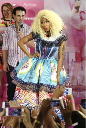 Nicki Minaj on Nicki Minaj Turns 30  Happy Birthday    Cambio