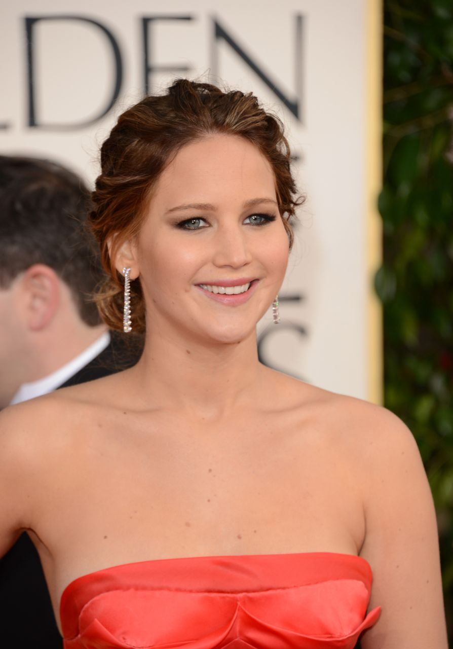 jennifer lawrence, jennifer lawrence bradley cooper, bradley cooper, bradley cooper jennifer lawrence, bradley cooper jennifer lawrence dating, is jennifer lawrence dating bradley cooper