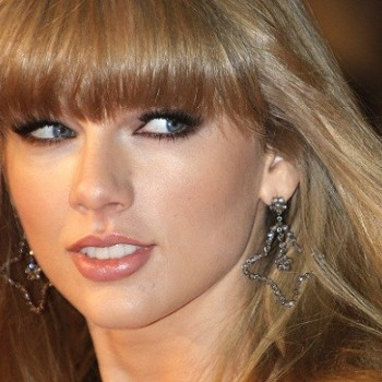Taylor Swift Reportedly Had a Flirty Fling With Which Rock Band Frontman?