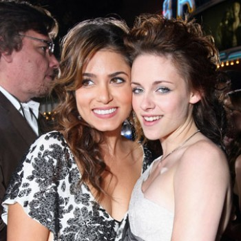 Nikki Reed Reveals The Gift Kristen Stewart Stole Her From 'Twilight' Set!