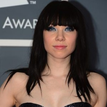 2013 Grammys Red Carpet: Taylor Swift and Carly Rae Jepsen Have It Covered!