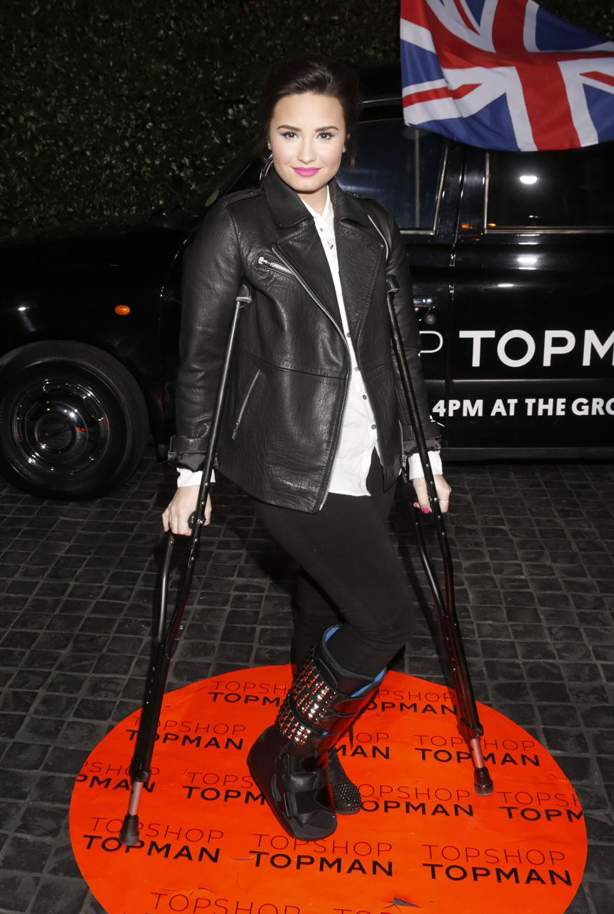 Demi Lovato Topshop opening X Factor season 2
