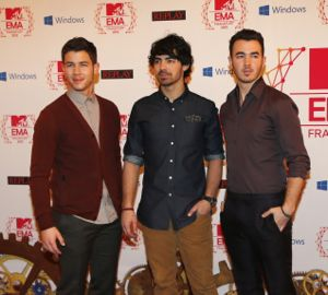 Jonas Brothers filming music video for new single