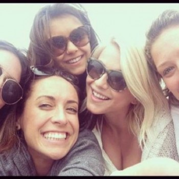 Julianne Hough Hits Beach With Girlfriends Post-Seacrest Split