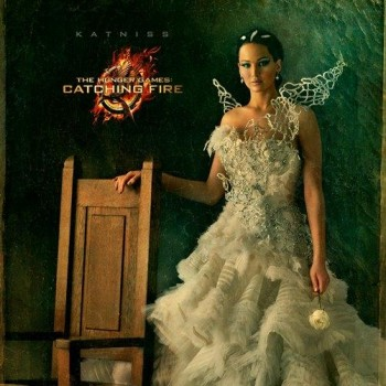 See Jennifer Lawrence as Katniss Everdeen in Her Capitol Portrait!