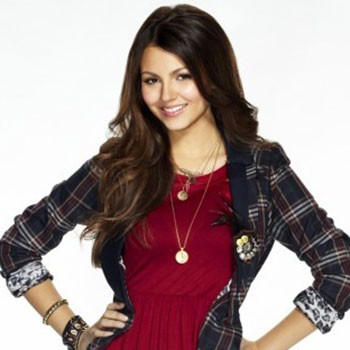 Couch Sesh: Victoria Justice Live Video Q and A!