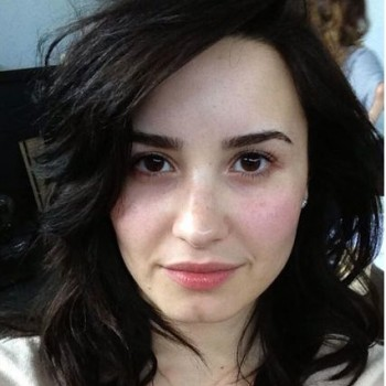 Demi Lovato People Magazine 2013 Most Beautiful: Makeup-Free Demi!
