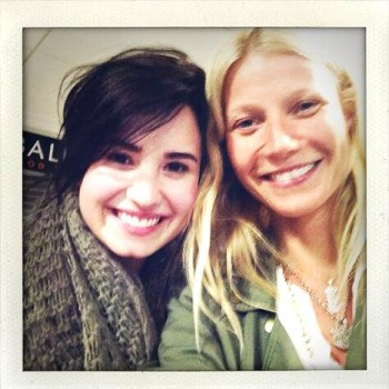Demi Lovato Meets Gwyneth Paltrow On Plane, Butt Dials Miley Cyrus