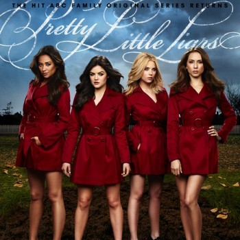 'Pretty Little Liars' Season 4 Promo: Red Coat Central!