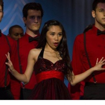 "Jessica Sanchez Appears in 'Glee' Season Finale, Turns Into ""Fangirl!"""