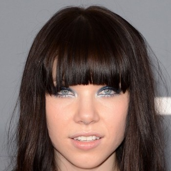 Carly Rae Jepsen Admits If She's Seen Justin Bieber and Selena Gomez Make Out!