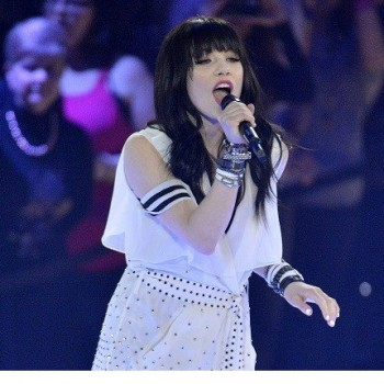 Carly Rae Jepsen Thinks Justin Bieber Should Judge 'American Idol'