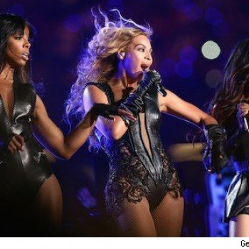 "Beyonce', Kelly Rowland and Michelle Williams Reunite for ""You've Changed"""