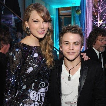 CMT Awards 2013: Taylor Swift, Hunter Hayes Are Set to Perform