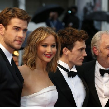 Jennifer Lawrence and Liam Hemsworth Flirting? PDA Rumor Shot Down