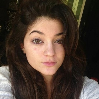 Kylie Jenner Shares Makeup Free Pic...See It Now!