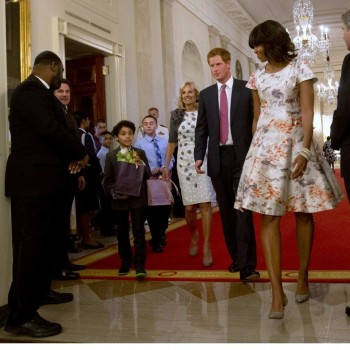 Prince Harry Meets Michelle Obama, Surprises Military Moms
