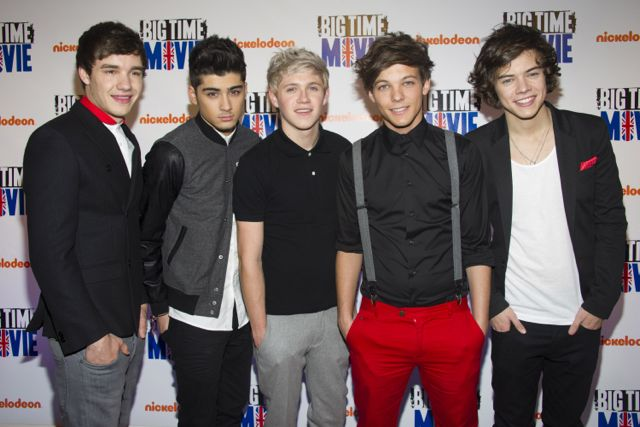 One Direction sings I Want It That Way Backstreet Boys cover video