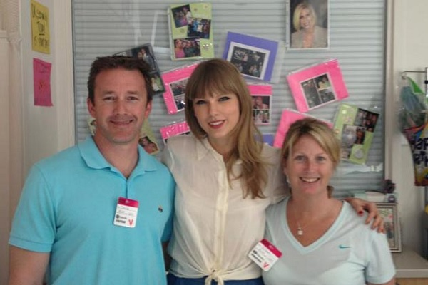 Taylor Swift and the Murphy family