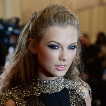 Billboard Music Awards 2013: Will Taylor Swift, Carrie Underwood or Hunter Hayes Win 'Top Country Artist'?
