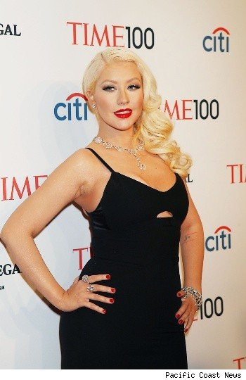 The Voice': Christina Aguilera Throws Her Support Behind Team Shakira