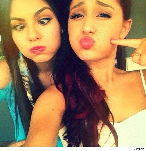 Ariana Grande and Victoria Justice feuding unhappy on Victorious