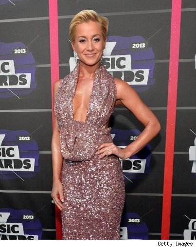 Kellie Pickler 2013 CMT Music Awards purple cleavage dress