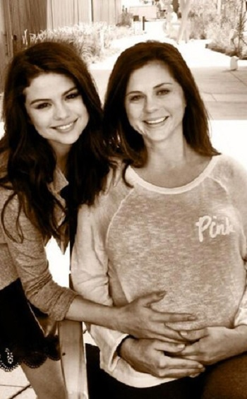 Selena Gomez and her mom