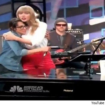 Taylor Swift Surprises Michelle Chamuel on 'The Voice'