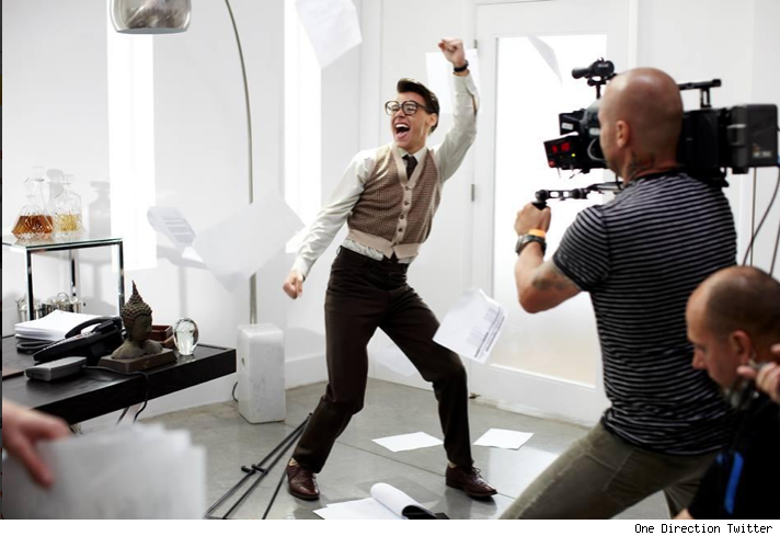 Harry Styles nerd geek Best Song Ever One Direction music video