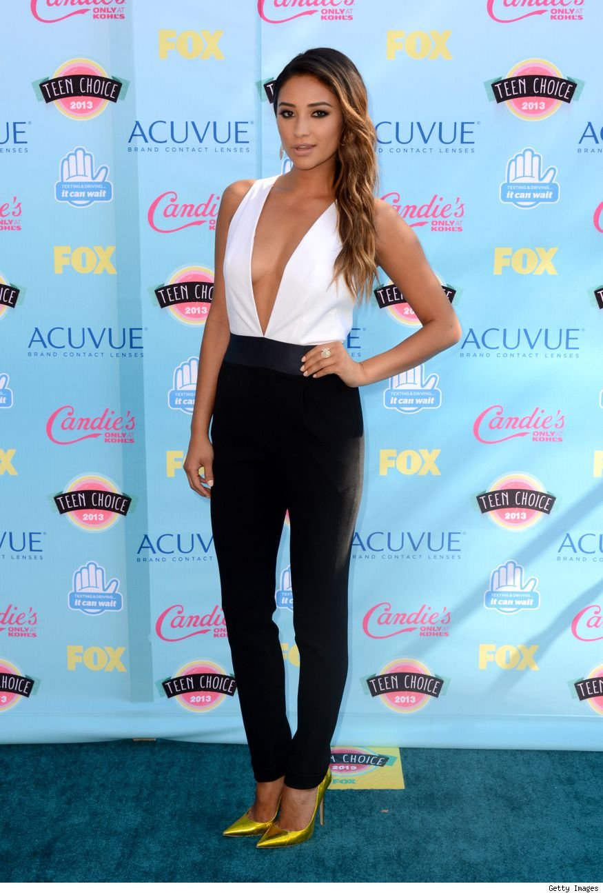 Shay Mitchell Teen Choice Awards 2013 best dressed sexy