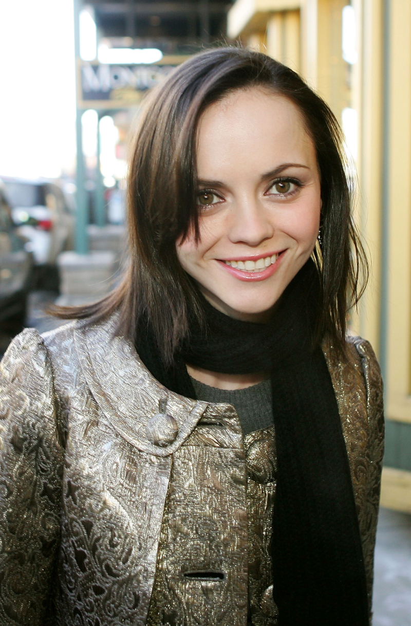 Christina Ricci free wallpaper