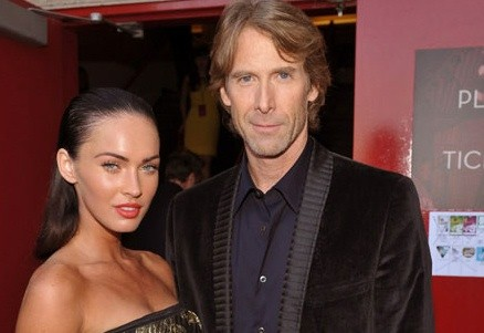 http://www.blogcdn.com/www.cinematical.com/media/2009/07/megan-fox-michael-bay-(2).jpg
