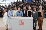 Amitabh addresses Cannes audience in Hindi