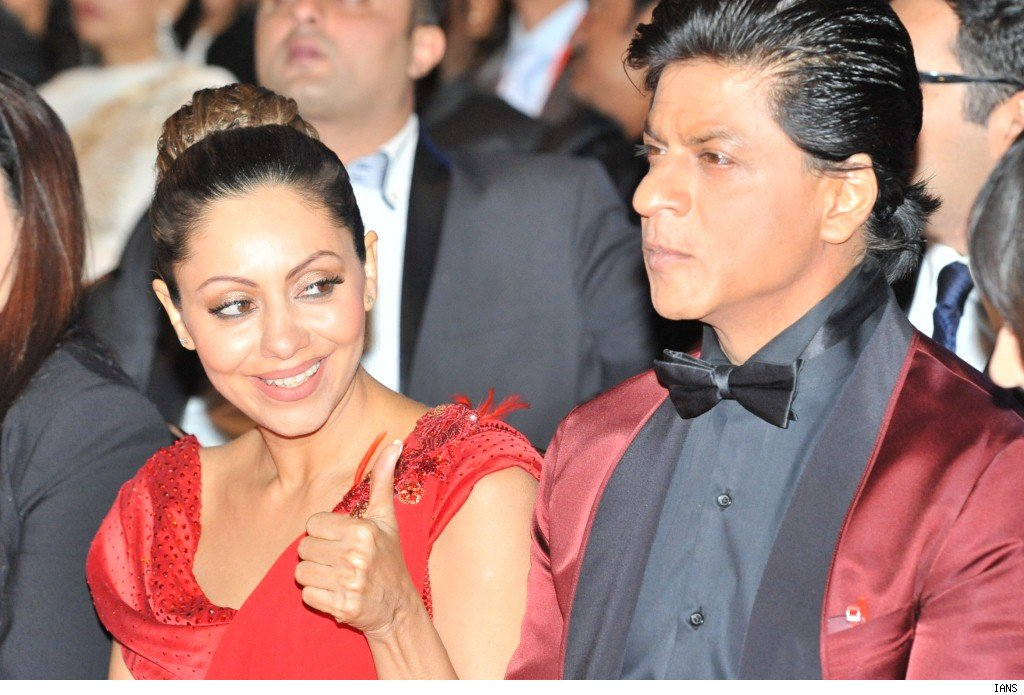 SRK - Gauri expecting baby boy via surrogate
