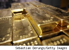 Gold Price Hits Record of $1,308.90