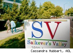 Salkever's Valley on Gowalla vs. Foursquare