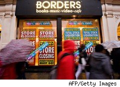Borders nearly doubled its operational loss in the third quarter, continuing a streak of dismal earnings for the country's second-largest bookstore.