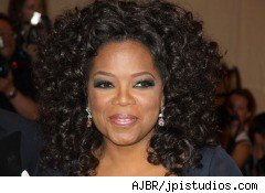 Oprah hires new money manager