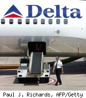 Delta Air Lines offers free first bag for American Express elite members