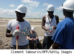 there's little work for untrained volunteers in BP oil spill cleanup