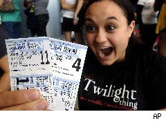 New 'Twilight' Nets $30 Million in Midnight Showings on Opening Night
