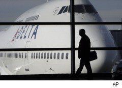 Delta airlines, traveler complaints, airfares
