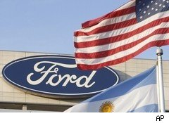 Ford Shares Hit Six-Year High on Solid Sales Report