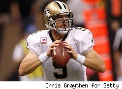 Drew Brees goes long