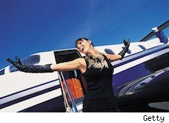 lady in front of private plane - sweepstakes scame